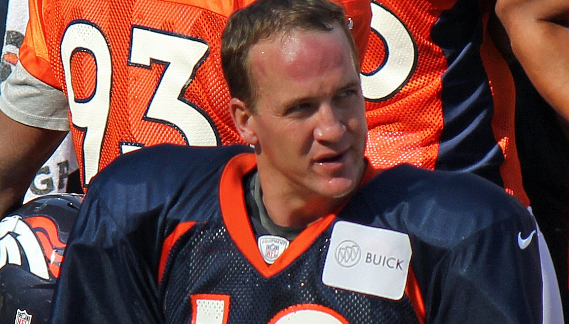 Who is the older manning brother