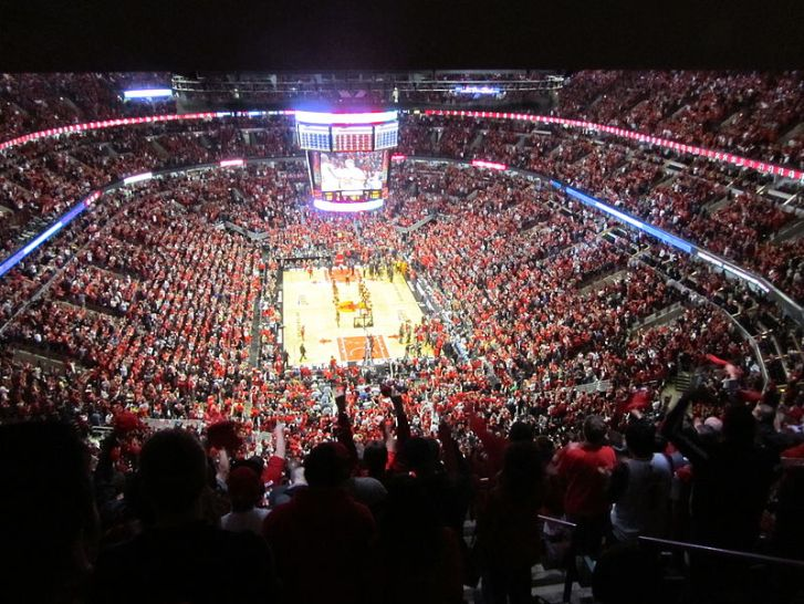 800px-Chicago_Bulls_Playoffs_2011