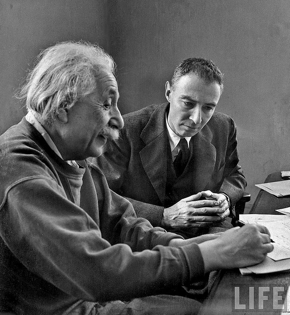 Albert Einstein and Robert Oppenheimer, 1947: Flickr, James Vaughn
