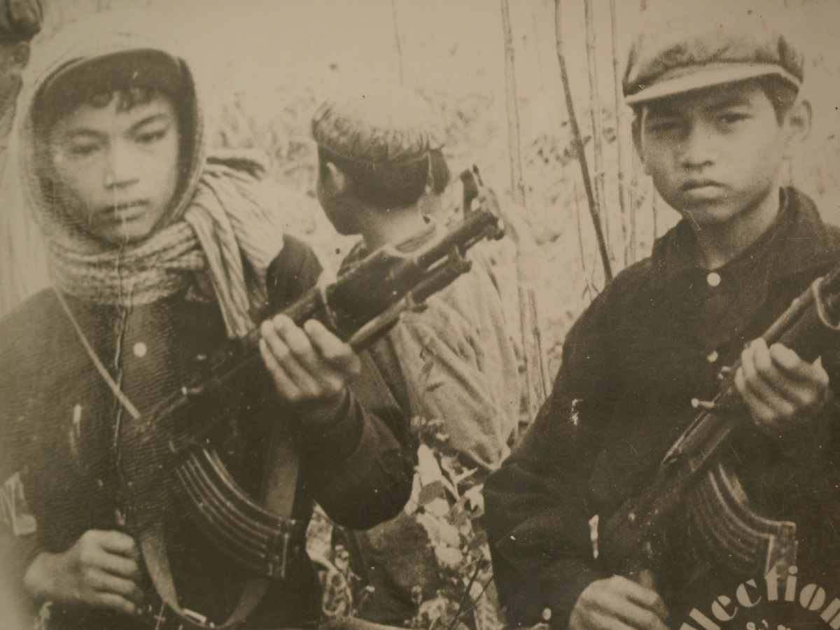 Khmer Rouge soldiers. Photo via Alan Chan