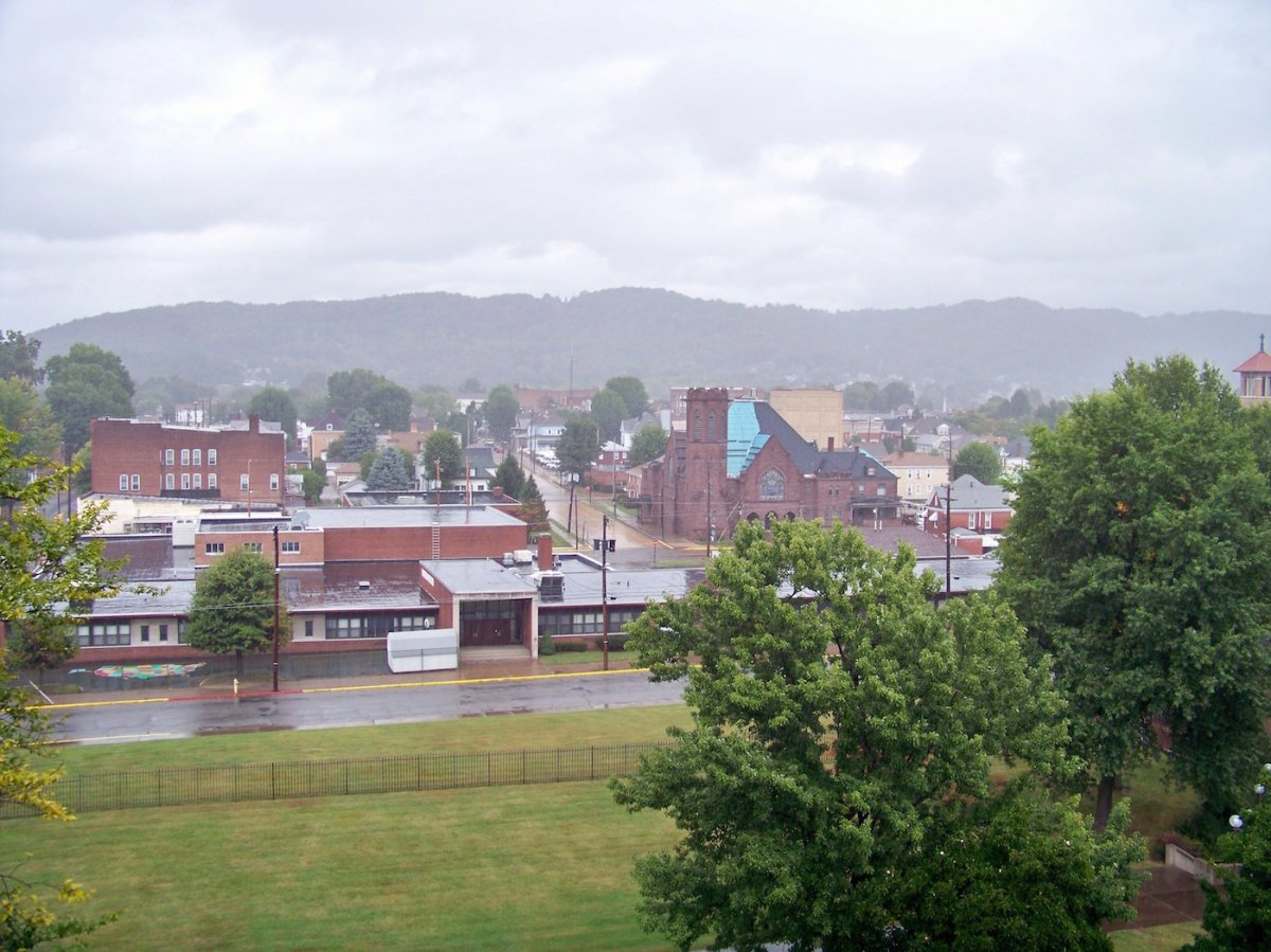 Moundsville, West Virginia. Photo by Jon Dawson