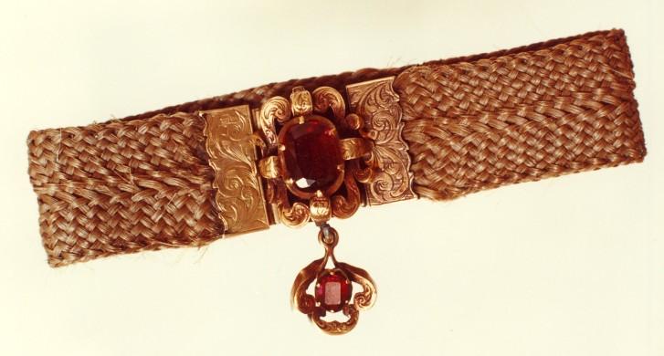 Charlotte Brontë's amethyst hair bracelet, Photo credit: Hair bracelet, Brontë Parsonage Museum, J14, © The Bronte Society
