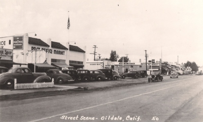 Oildale in the 1940's. The Post Office and Market are now Trout's. Photo by Kern County Library