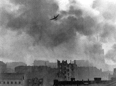 A German plane bombing Warsaw. Via Wikimedia Commons.