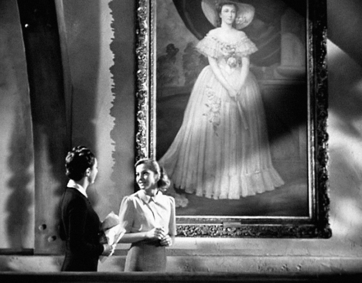 A screenshot from Alfred Hitchcock's 1940 adaptation of Rebecca.