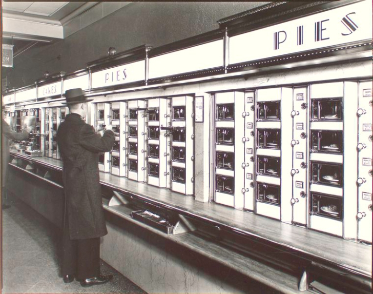 Automat_by_Berenice_Abbott_in_1936