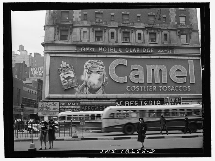 New_York,_New_York._Camel_cigarette_advertisement_at_Times_Square8d14368u_original