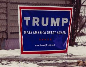 Donald_Trump_campaign_sign