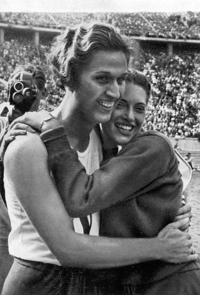 Alice Arden (right) of the U.S. congratulates Helen Stephens (left) after the 100 meters event at the 1936 Olympic Games in Berlin. (Wikimedia Commons)