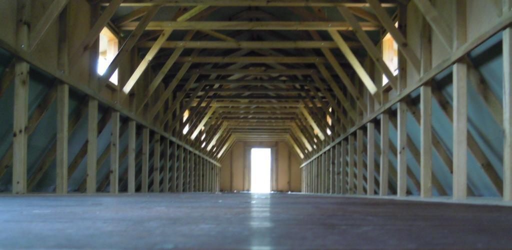 pitzer-gurs-barracks-interior-2015