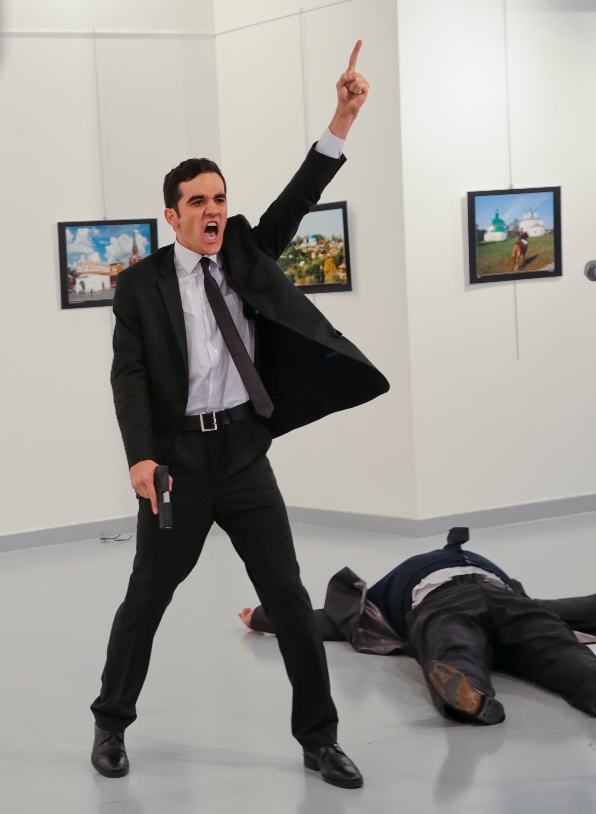 Burhan Özbilici / AP Images