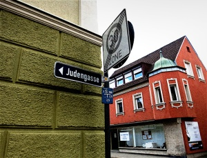 "Many Jews used to live in Baiersdorf's ""Jew Alley"""