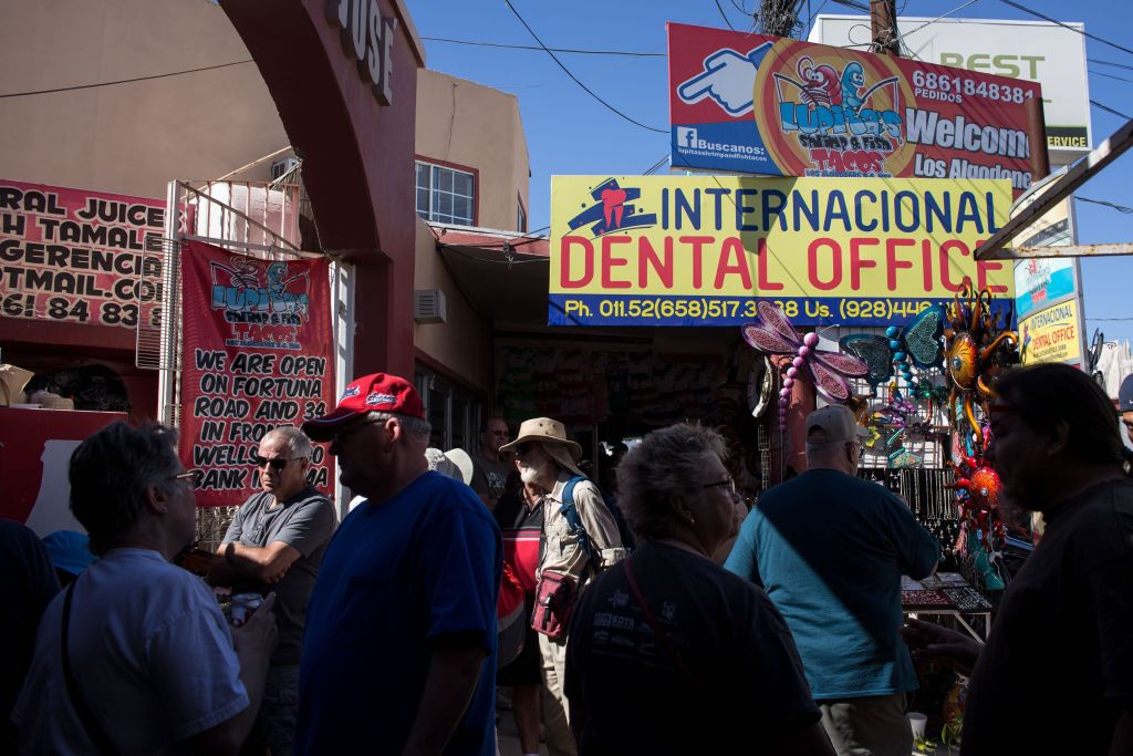 The American Dental Refugees Of Mexico S Molar City