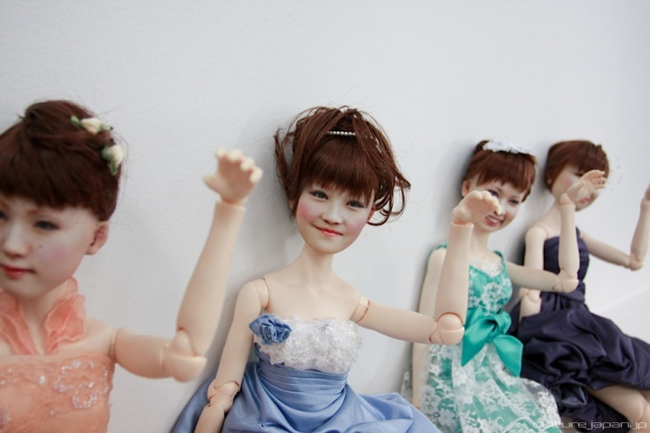 Row of life-like dolls in Japan