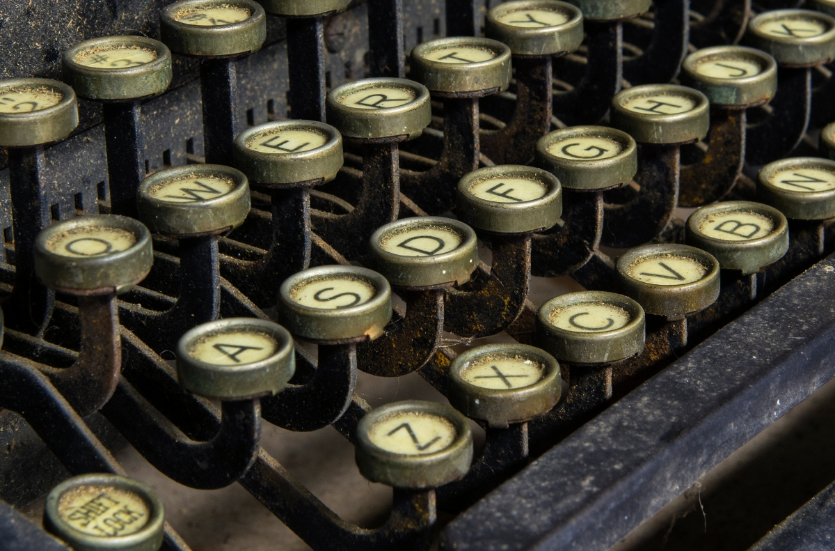 Longreads Essays Editor Sari Botton's Guide to Pitching