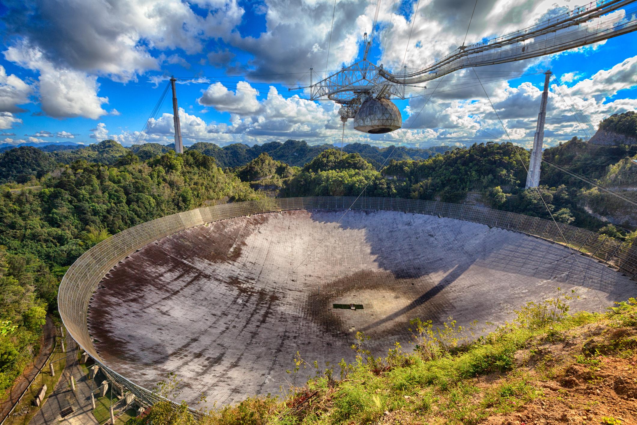 A Fond Farewell to a Friend: the Arecibo Telescope